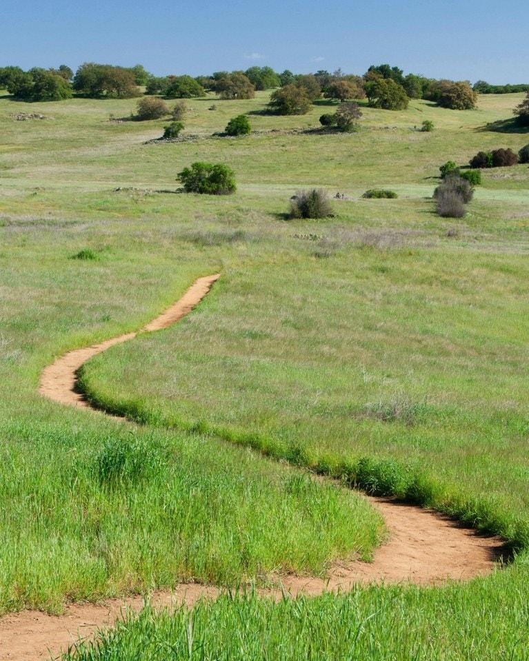 Santa-Rosa-Plateau-trail-near-Murrieta-Ca-zip-code-92562